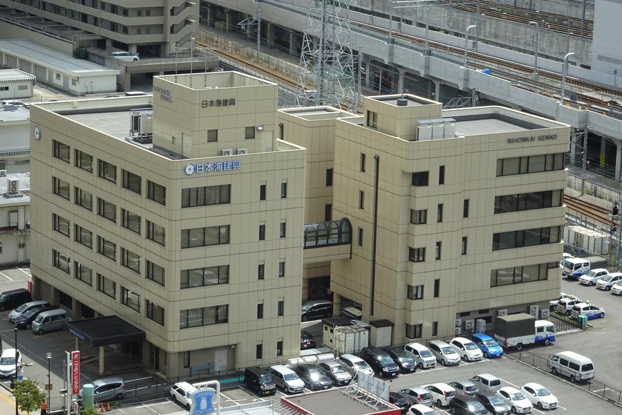 本社ビルは富山駅北口から徒歩1分