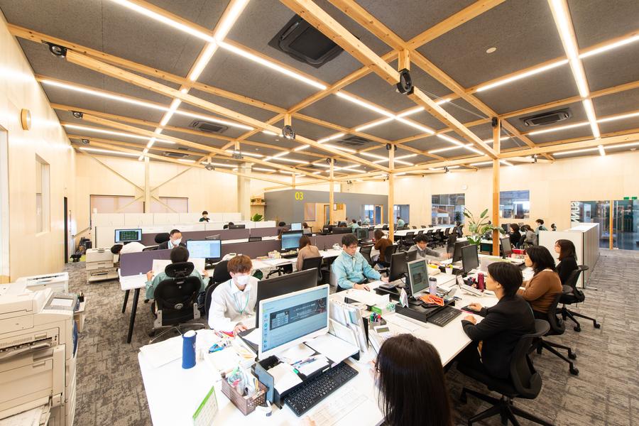 建築資材メーカー「ウッディパーツ」のオフィス