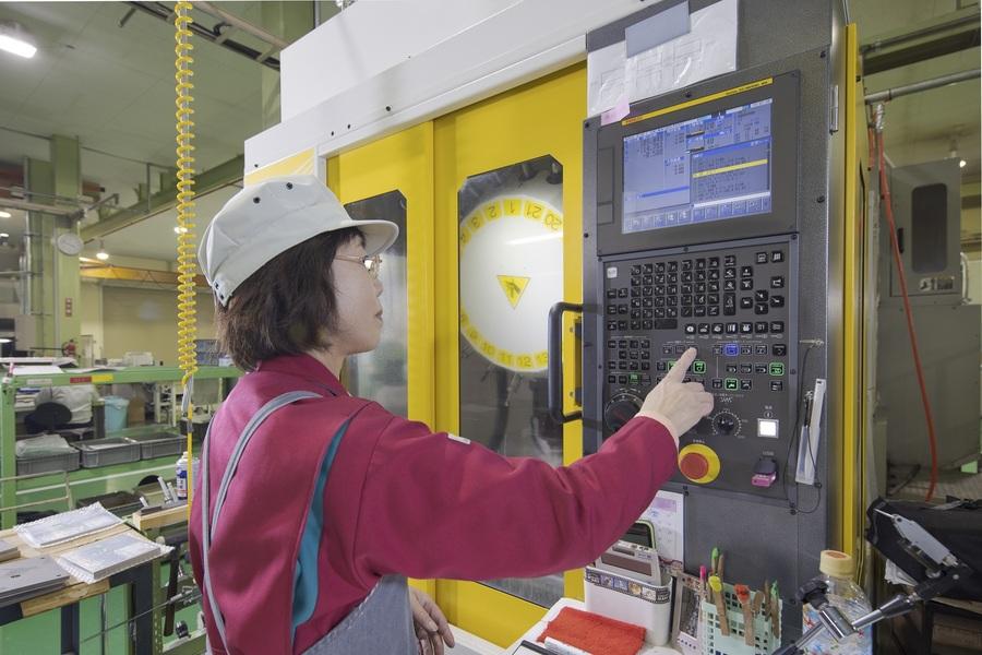 最新の機械を多数使える環境があります。